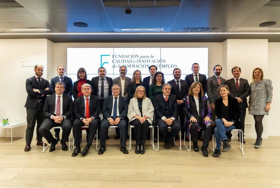 Foto de grupo de la Fundación para la Calidad e Innovación de la Formación y el Empleo